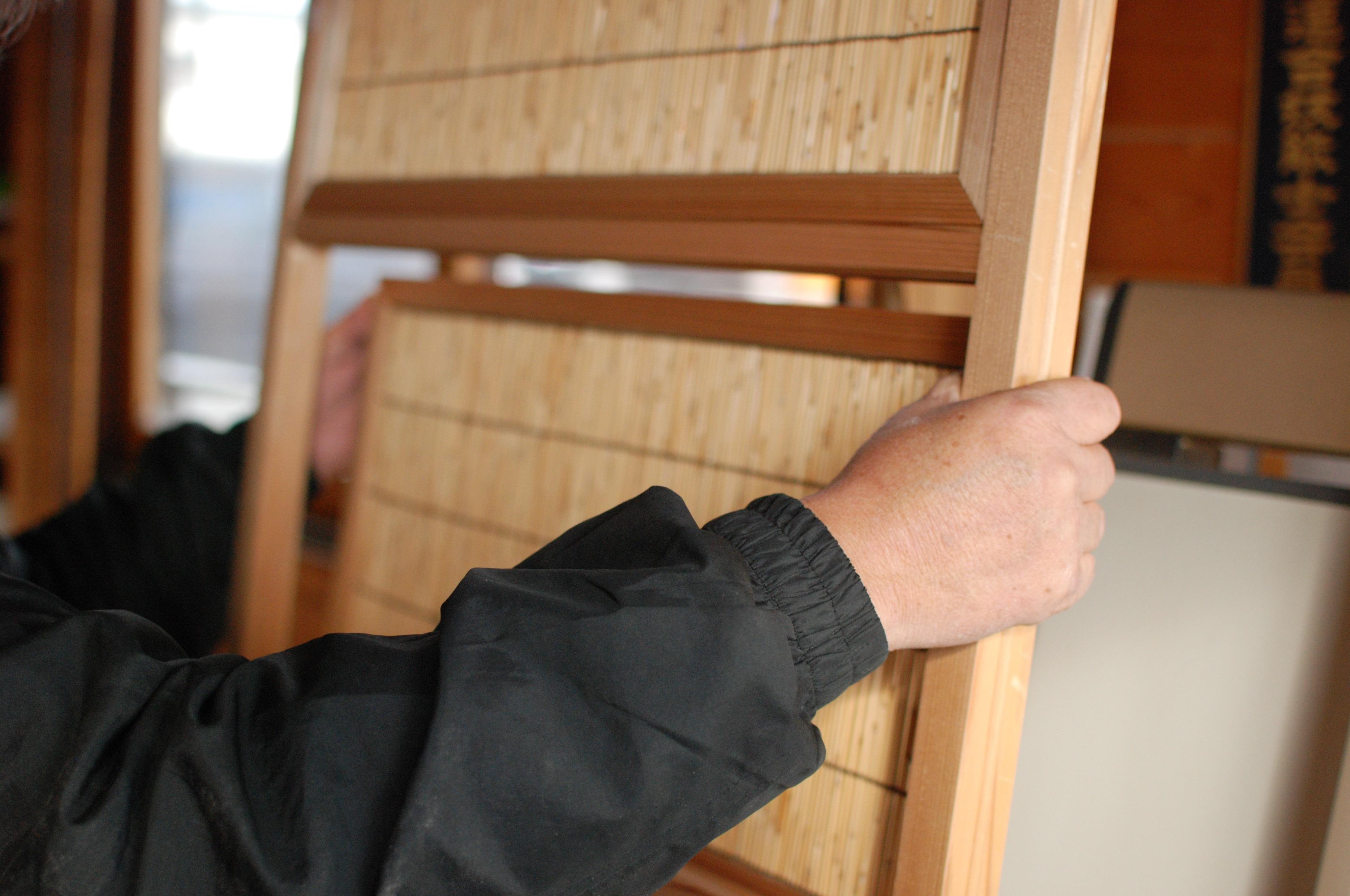 伝統の建具「簾戸(すど)」で変わる夏の暮らし