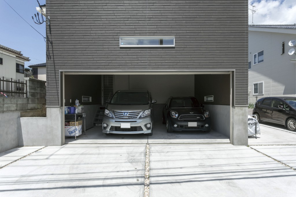 hko170625青山ホームー倉田邸-がガレージ2-m